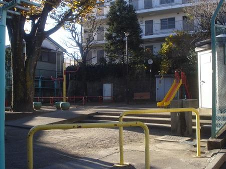 しらゆり児童遊園001.jpg