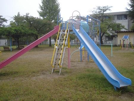 八幡町児童公園004.jpg