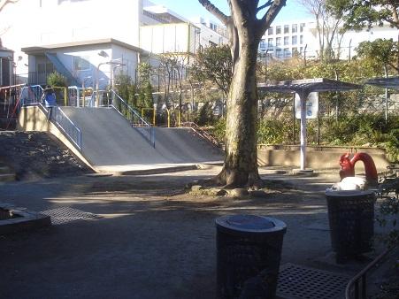 戸山東公園002.jpg