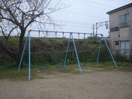 桜木町児童公園004.jpg