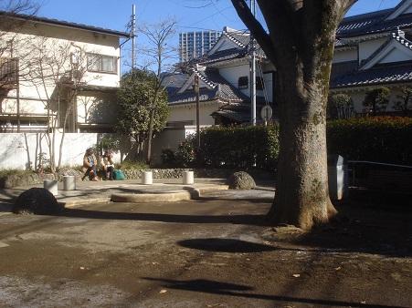 目白三丁目公園004.jpg