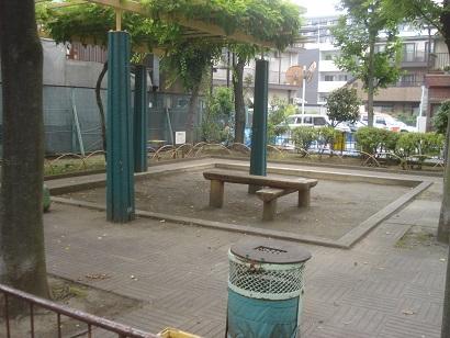 西尾久四丁目公園007.jpg