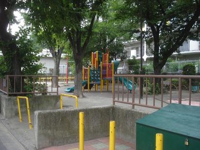 西尾久四丁目北公園001.jpg