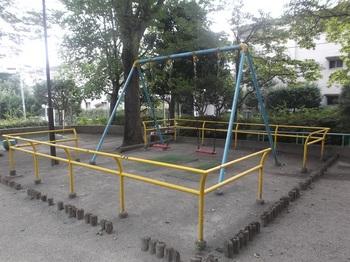 どんぐり山児童遊園004.jpg