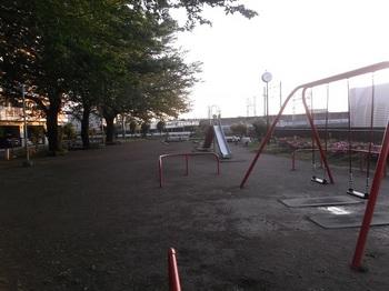 チビッコ公園006.jpg