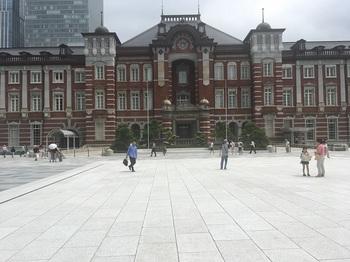 丸の内駅前広場002.jpg