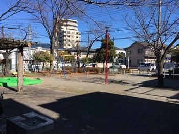 保木間五丁目児童遊園002.jpg