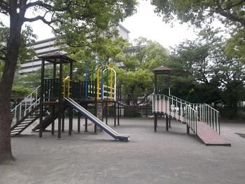 八石公園004.jpg