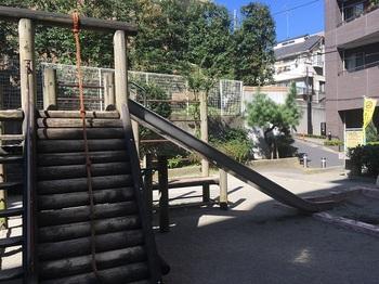 初台二丁目児童遊園地003.jpg