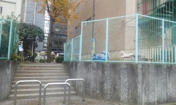 初音森児童遊園002.jpg