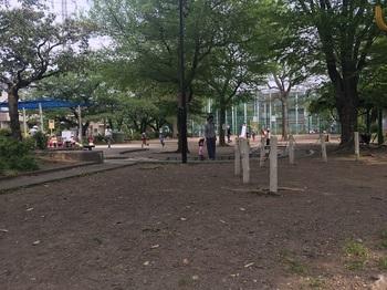 和泉二丁目公園000.jpg