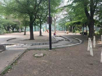 和泉二丁目公園003.jpg