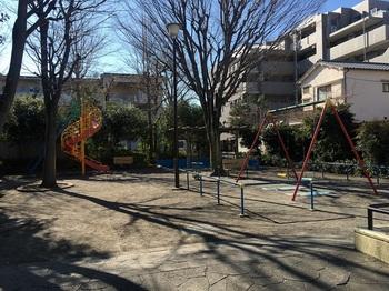 堀八児童遊園002.jpg