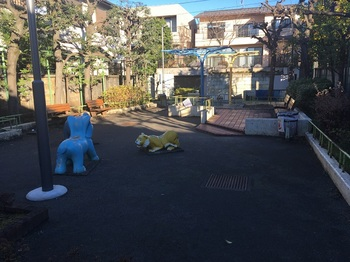 小日向二丁目児童遊園004.jpg