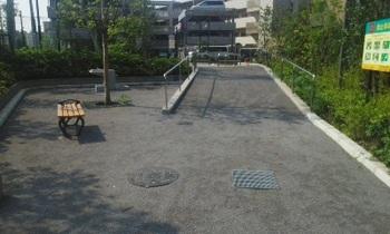 川のせせらぎ公園002.jpg