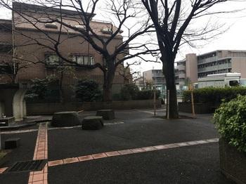 平和台駅前緑地003.jpg