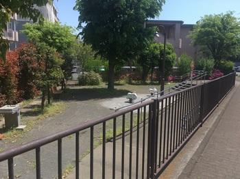 弦巻二丁目第二公園001.jpg