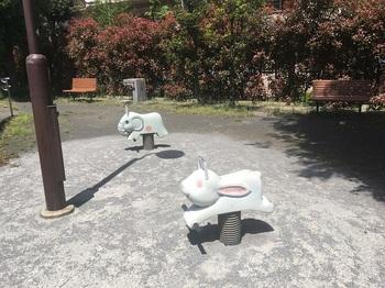 弦巻二丁目第二公園003.jpg