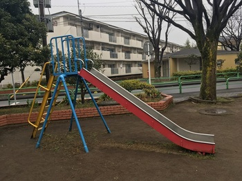 早一中央児童遊園002.jpg