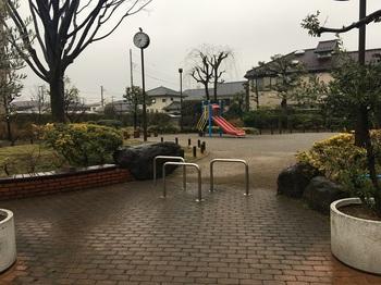 春日なかよし公園002.jpg