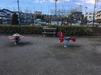 春日町しゃらのき児童遊園002.jpg