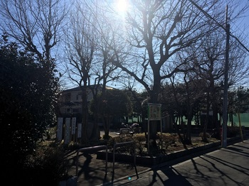 春日町西公園001.jpg
