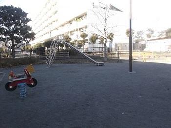 木月寺前公園004.jpg