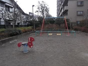 東大泉もっこく児童遊園004.jpg