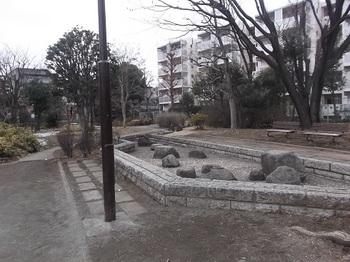 東大泉弁天池公園003.jpg