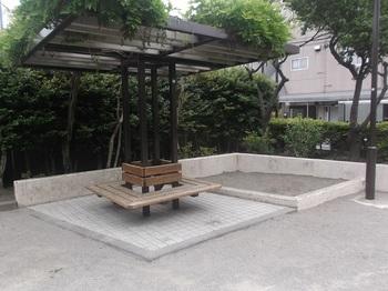 東小岩滝児童遊園002.jpg