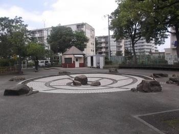 梅田亀田公園011.jpg