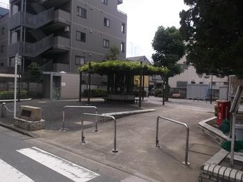 梅田五丁目児童遊園001.jpg