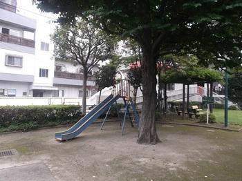 梅田八丁目第二児童遊園002.jpg