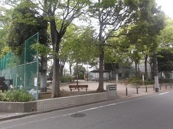 篠崎五丁目公園001.jpg
