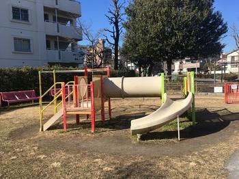 綾瀬二丁目ふれあい公園003.jpg