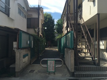 羽根木二丁目公園001.jpg