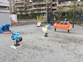 若宮八幡児童遊園002.jpg