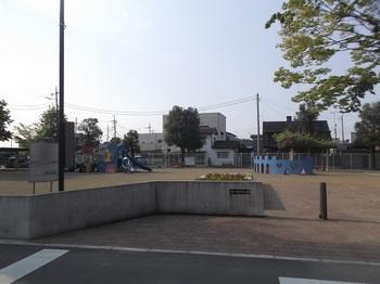 裡一丁目児童公園001.jpg