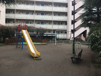 赤羽南二丁目児童遊園007.jpg