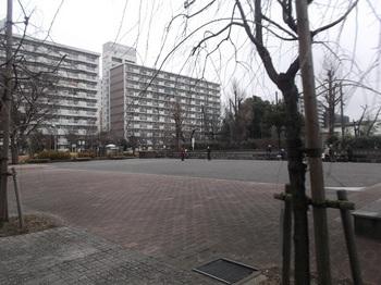 都営蓮根三丁目アパート001.jpg