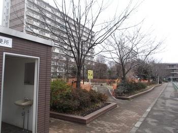 都営蓮根三丁目アパート003.jpg