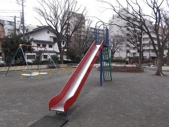 高島平九丁目公園004.jpg