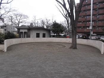 高島平九丁目公園006.jpg