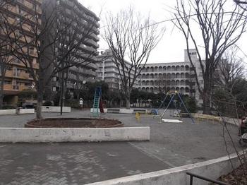 高島平九丁目公園007.jpg