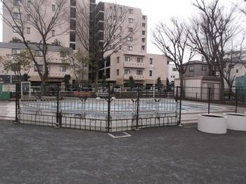 高島平九丁目第二公園002.jpg