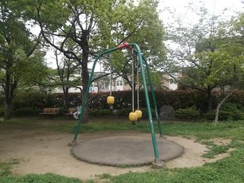 鹿骨さくら公園003.jpg