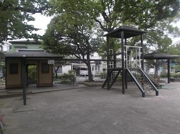 鹿骨二丁目第二児童遊園002.jpg