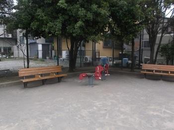 鹿骨二丁目第二児童遊園003.jpg