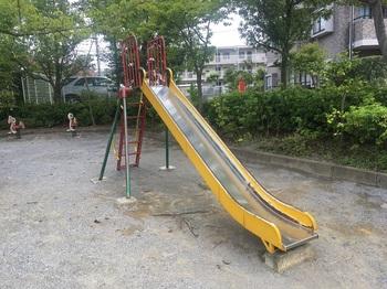 七曲見晴児童公園004.jpg