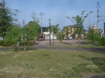 三の丸稲荷東口公園002.jpg